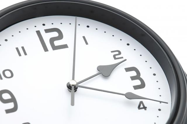マツエク140本だと時間はどのくらいかかる?